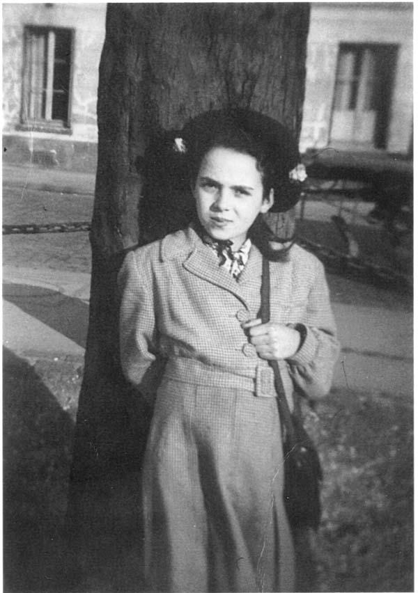 Anita Ekstein larger image and caption