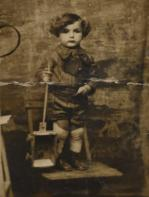 Leslie Meisels larger image and caption