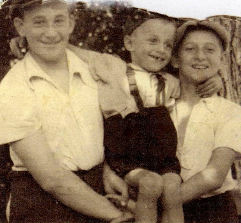 Leslie Mezei larger image and caption